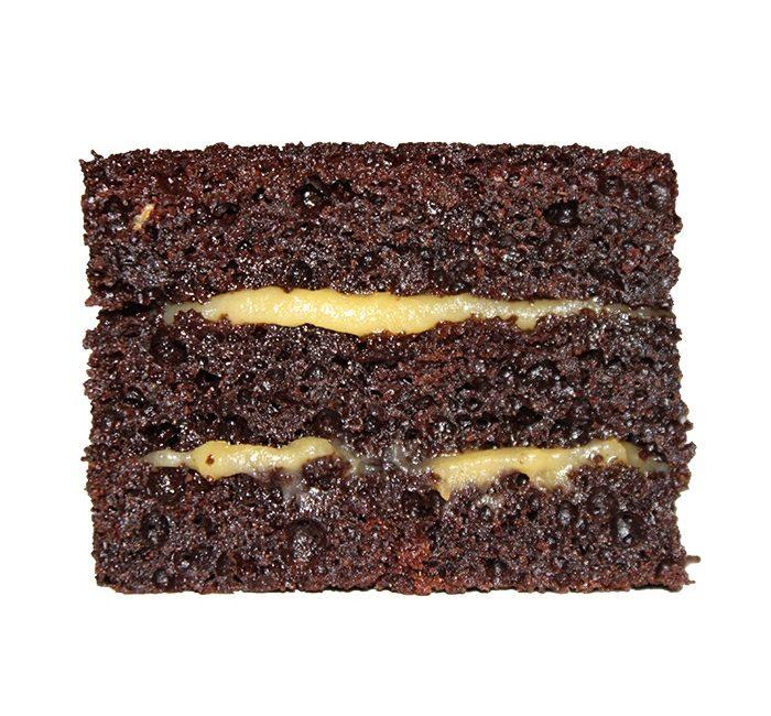 bolo-chocolate-recheio-doce-ovos-caseiro-alcobaca-atelier-doce-alfeizerao-doces-conventuais